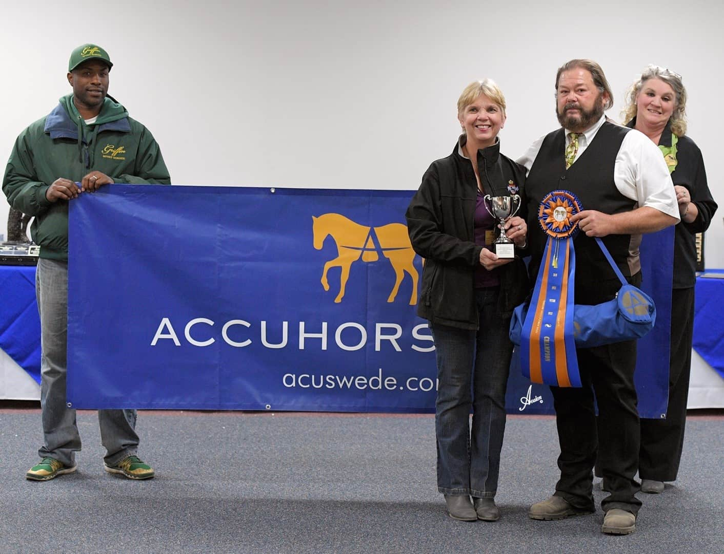At First Competition Back in the Saddle Since Recovery from Stroke, Gareth Selwood Wins 2016 IFSHA Accuhorsemat Cup