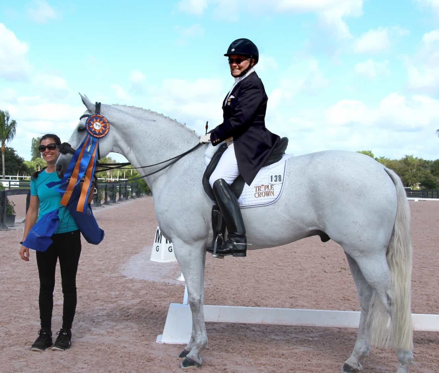 Olympian Susan Blinks and Habanero L Kick Off the Winter Dressage Show Season with Accuhorsemat Accuracy Award